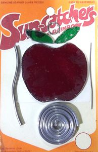 92008-Apple Suncatcher